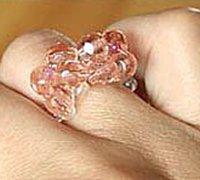 一款清雅风格戒指的手工串珠教程