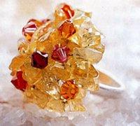 """""""冰山""""手工串珠戒指 展现手指上的魅力"""