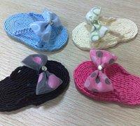 一款手工编织的拖鞋 手工编织拖鞋的方法