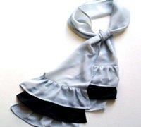 用雪纺布手工制作黑白相间的流苏丝巾