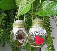废旧灯泡的利用 手工DIY美丽的花瓶