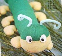用不织布手工制作可爱的毛毛虫