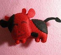 不织布diy布艺小牛挂件 布艺小牛挂饰手工制作