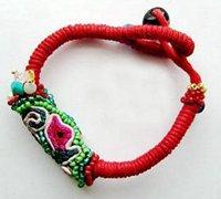 金刚结开运红绳手链 带来红色的祝福