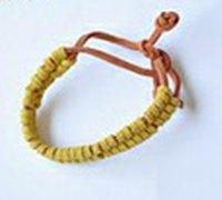 高端漂亮的手编皮绳手链的diy教程