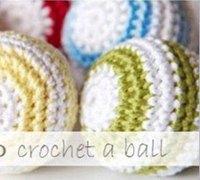 一款漂亮的装饰彩球的钩针编织方法