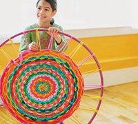 呼啦圈巧利用 编织实用的家用小地垫、地毯