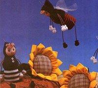 酸奶瓶变废为宝diy可爱的小蜜蜂玩偶