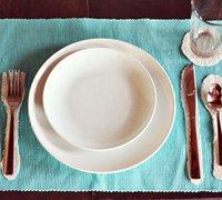刀叉图案的艺术餐布手工diy图解 餐布餐具的摆布艺术