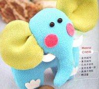 用不织布手工制作一款可爱的卡哇伊蓝鼻象