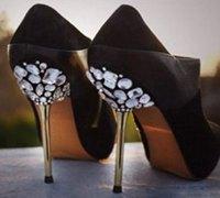 高跟鞋创意改造 变身炫目高贵的公主水晶鞋