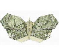 用美元折一只美丽精妙的纸蝴蝶