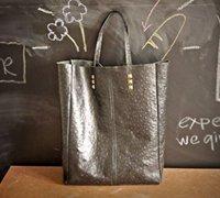 简约大气的方形皮革手提包手工制作教程