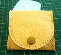 方形皮革手工零钱包制作教程