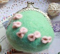 羊毛毡口金包制作教程 羊毛毡的制作方法