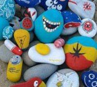 鹅卵石彩绘手工作品欣赏