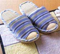 旧毛巾废物利用制作实用的毛巾脚踏地垫、地毯