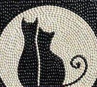 唯美的月下猫咪手工豆子粘贴画