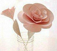 可以做插花的纸艺玫瑰花制作方法