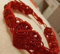 怎样编织红绳手链 爱心红绳手链的编织方法