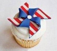 用轻粘土手工制作美国国旗风格的风车