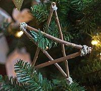 圣诞树上的装饰品 树枝五角星挂饰diy图解
