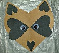 用纸片手工拼贴一只可爱的小爱心狐狸头像