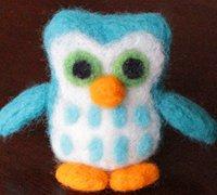 可爱的羊毛毡猫头鹰玩偶制作方法