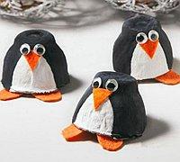 鸡蛋托diy手工制作可爱的小企鹅