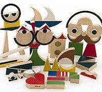 集七巧板与积木于一体的木制玩具