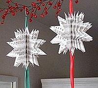 用报纸剪出的3d立体纸花球制作方法图解