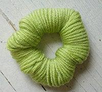 用毛线缠绕小花 毛线小花制作方法