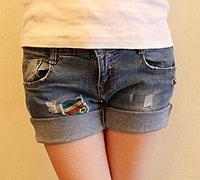 牛仔裤改造 过时牛仔裤变身性感热裤