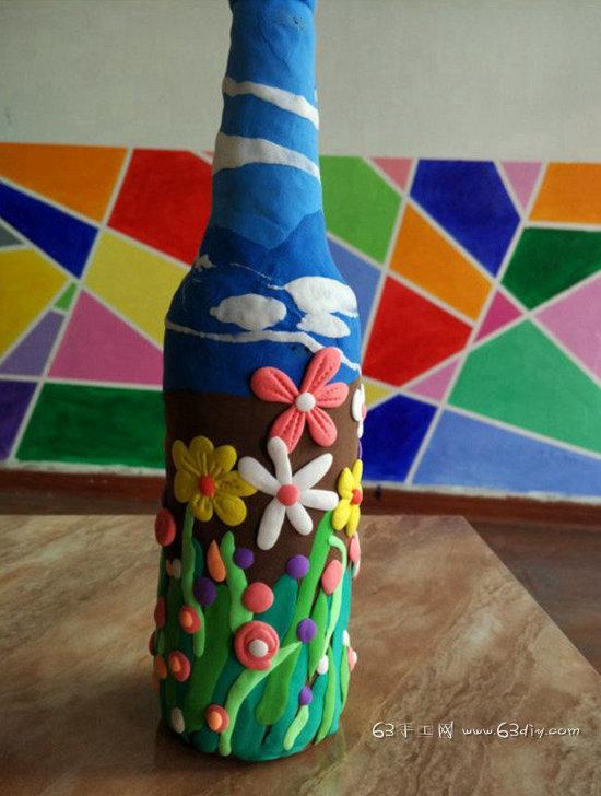 用粘土改造酒瓶 酒瓶变身唯美花瓶