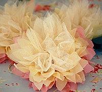 用蕾丝做花朵 蕾丝花朵的做法