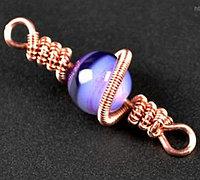 铜丝和串珠制作的精美宝石绕线饰品