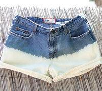 利用漂白水改造时尚的拼色牛仔裤