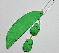 不织布制作萌萌的豌豆手机吊饰