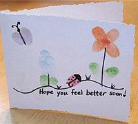 制作一张清新的指纹画贺卡送给老师