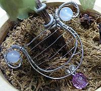 铜丝制作手握式竖琴挂件