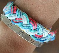简单编绳手链教程 三股辫的编法