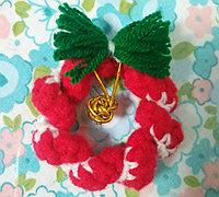 迷你版毛线圣诞花环制作方法图解