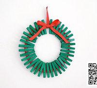 木夹制作简单的圣诞花环挂件