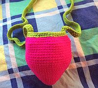 钩针编织可爱草莓包包