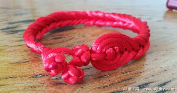 好看的中国结红绳手链编法教程