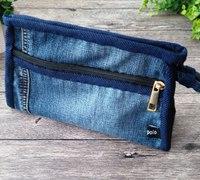 旧牛仔裤制作精巧手拿包