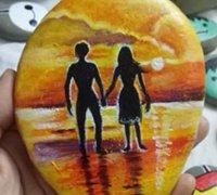 夕阳下的爱侣石头画手绘教程