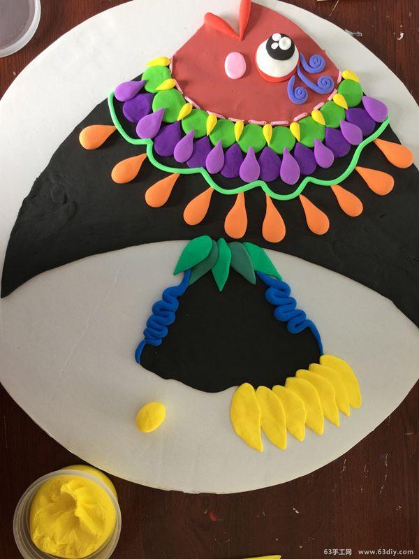 点线面装饰画_漂亮的纸盘粘土热带鱼制作教程_63手工网
