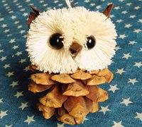 松塔制作可爱的猫头鹰小挂件