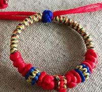 宝宝红绳手链的编法